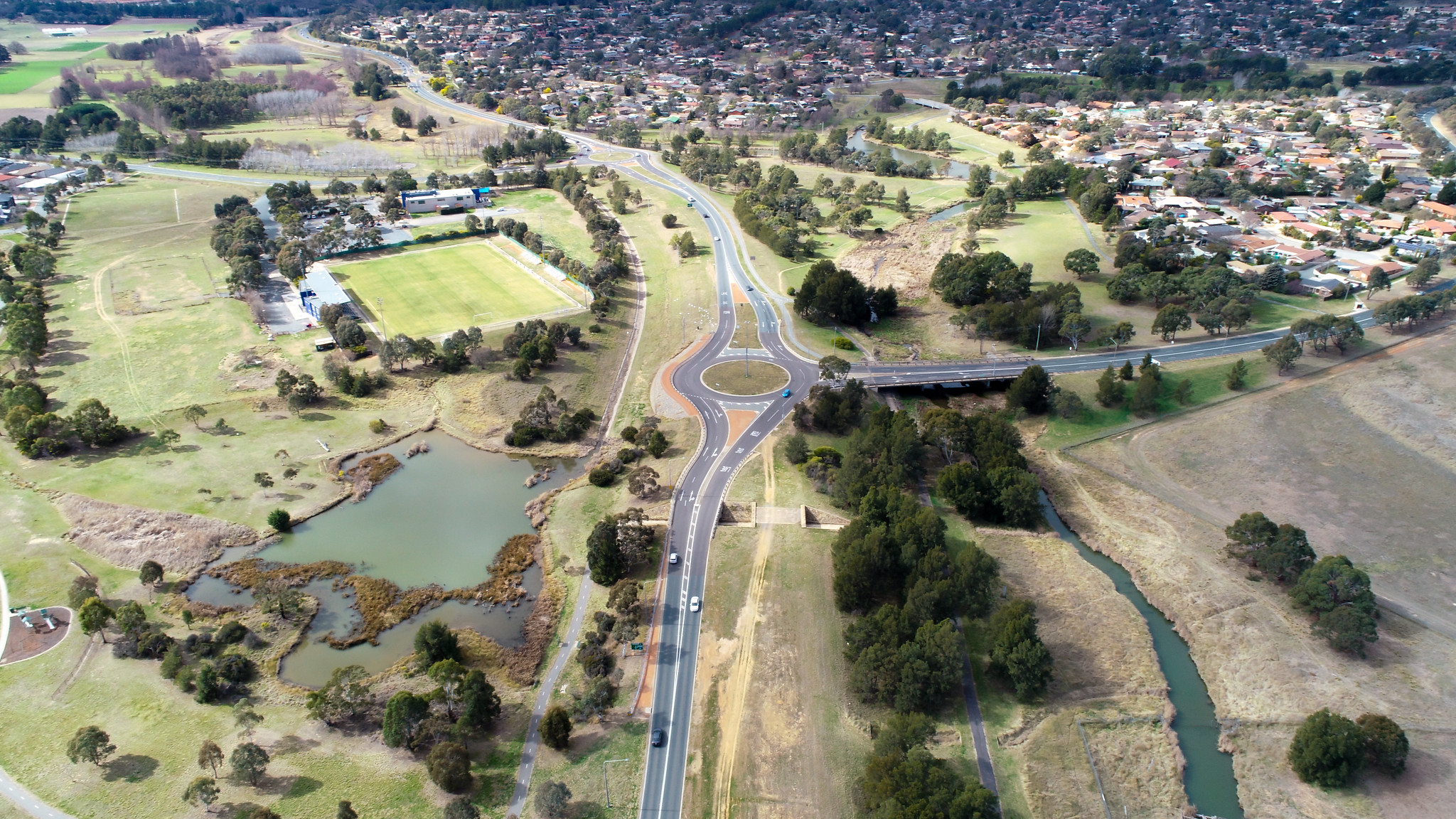 Drone shot of the road connecting Gungahlin and Belconnen